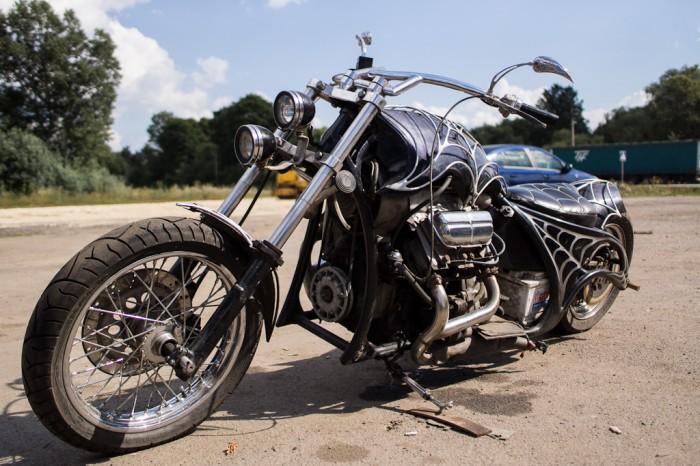 Moto custom russe