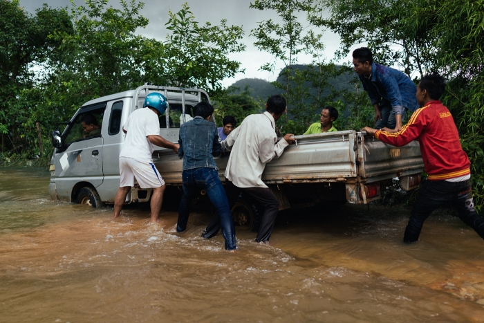 Routes au Laos